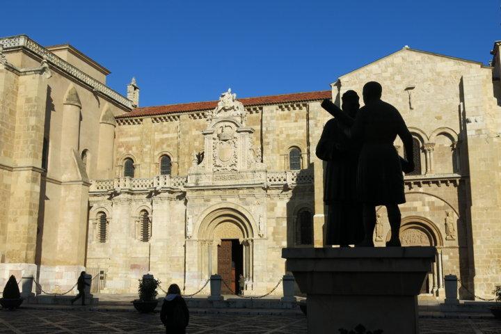 Plaza San Isidoro